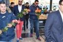 HNS-ovci poklonili 2500 narančastih ruža za Dan žena